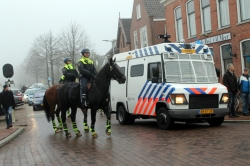 112-dokkum Anti-piet demonstranten protesteren in Dokkum